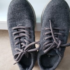 Dr. Scholl's Gray Sneakers
